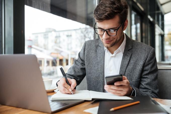 Emprendedores: a leer la letra menuda de los contratos en sus rondas de inversión